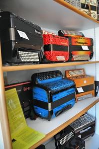 Tulle - Manufacture d'accordéons Maugein - Chossissez votre décor !