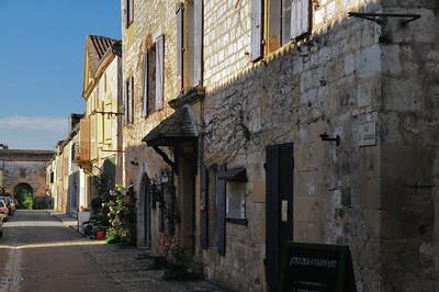 Monpazier - Rue Saint-Jacques