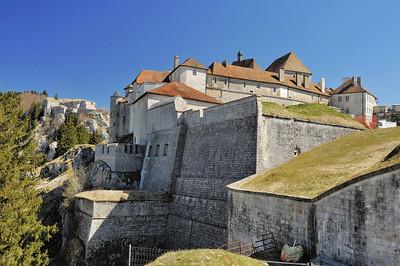 Fort et château de Joux