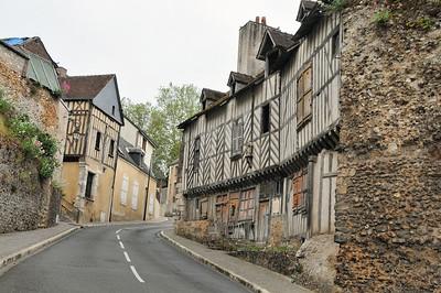 Châteaudun - Rue Saint-Médard