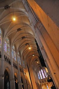 Chartres - Nef de la cathédrale