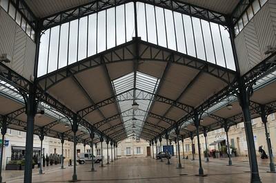 Chartres - Place Billard - Halle du marché aux légumes