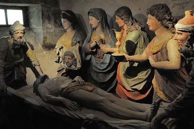 Enclos paroissial de Saint-Thégonnec (Sant-Tegoneg) - Crypte de l'ossuaire - Mise au tombeau