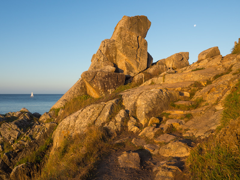 Doigt de Dieu, Between the Anse de Rospico and Port Manec'h