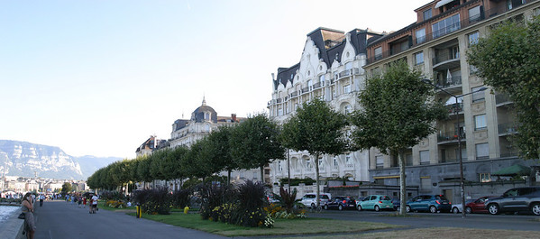 Geneva, Right Bank