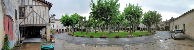 Fourcès, village rond