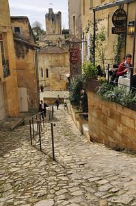 Saint-Emilion - Tertre de la Tente et tour du Roy