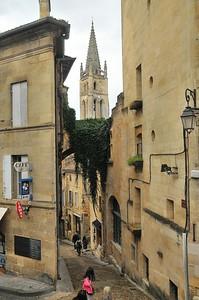 Saint-Emilion - Maison et porte de la Cadène
