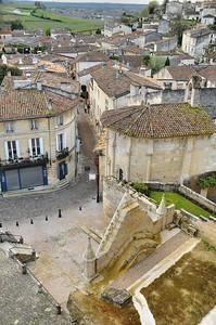 Saint-Emilion - Belvédère de la place du Clocher