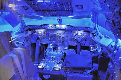 Blagnac - Aeroscopia - Airbus A300B - Poste de pilotage