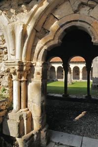 Saint-Bertrand-de-Comminges - Cloître de la cathédrale