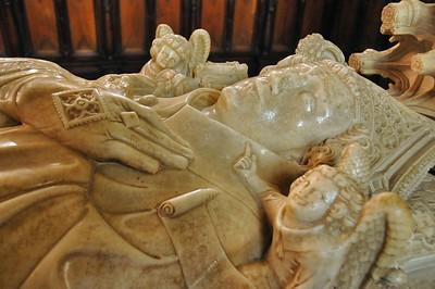 Saint-Bertrand-de-Comminges - Cathédrale Notre-Dame - Gisant d'Hughes de Castillon