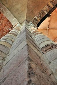 Brioude - Pile de la nef de la basilique Saint-Julien