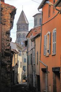 Brioude - Tour de la basilique Saint-Julien