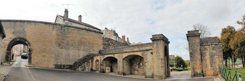 Langres - Porte Longe-Porte