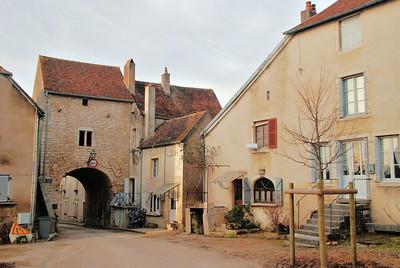 Pesmes - Porte Saint-Hilaire