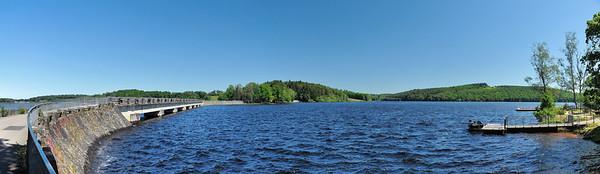 Lac de Vassivière - Route pour l'île de Vassivière