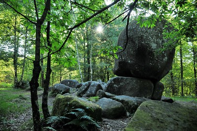 Monts de Blond - Pierre branlante de Boscartus