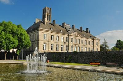 Limoges - Jardins de l'Evêché - Musée des Beaux-Arts