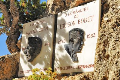 Col d'Izoard - Casse déserte - Stèles à Fausto Coppi et à Louison Bobet