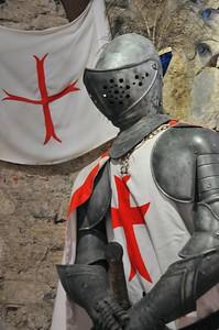 Château de Mauvezin - Armure médiévale