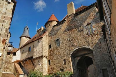 Saint-Benoît-du-Sault - Cité médiévale