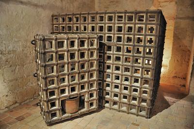 Loches - Forteresse - Cage carcérale utilisée pour les prisonniers de Louis XI