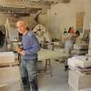 Saint-Antoine-l'Abbaye - L'atelier de taille de pierre