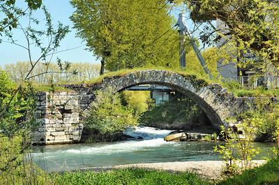 Dole - L'arche perdue sur le Doubs