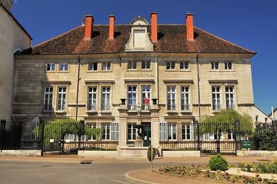 Dole - Place de la Sous-Préfecture - Sous-préfecture