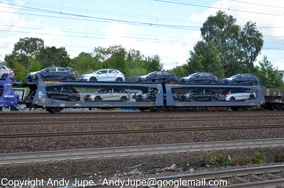L Coded Wagons (87) (Special flat wagon with separate axles)