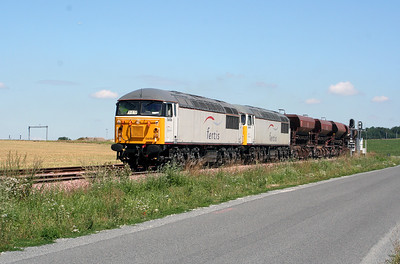 56 106, 56 090 entering construction base at Ocquerre on 3rd August 2005
