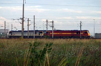 92 031 & 92 009 at Calais Frethun on 3rd August 2005