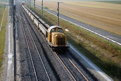 182 506 near Bouy (D21 road bridge) on 4th August 2005