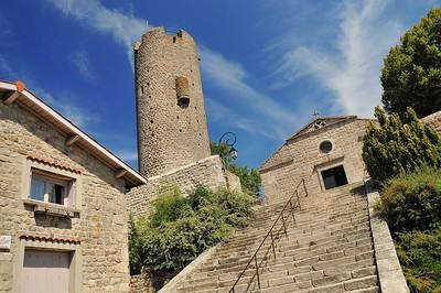 Chambles - La tour et l'église