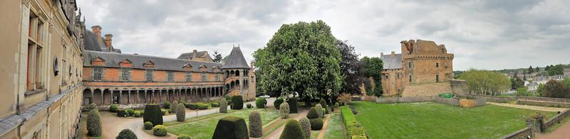 Châteaubriant (Kastell-Briant) - Château neuf et vieux château