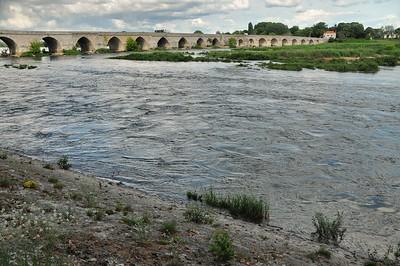 Beaugency - Le pont sur la Loire