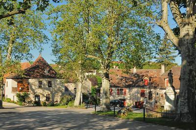Loubressac - Place du Foirail