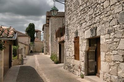 Pujols - Rue de la Salinière