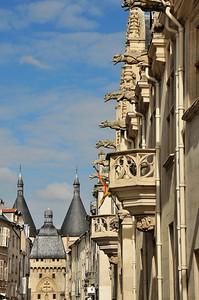 Nancy - Grande Rue - Palais ducal et porte de la Craffe
