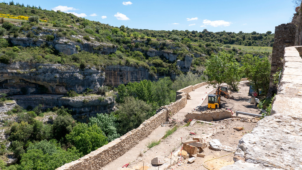 Fortification walls of Minerve under restoration