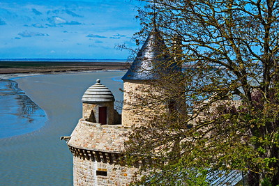 Mont_Saint_Michel_Side-Turrets_D75_5332