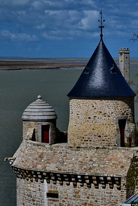 Mont_Saint_Michel_West-side_D75_5269