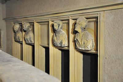 Metz - Musée de la Cour d'Or - Têtes d'origine de la Maison des Têtes