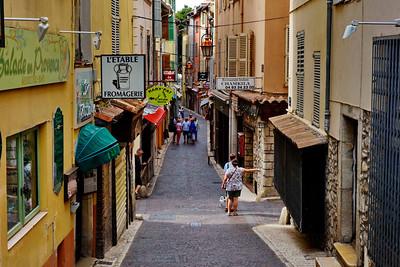 Antibes-Street_DSC0874