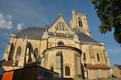 Nevers - Cathédrale Saint-Cyr-et-Sainte-Julitte