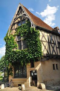 Nevers - Rue de la Parcheminerie