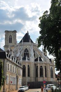 Nevers - Cathédrale Saint-Cyr-et-Sainte-Julittee