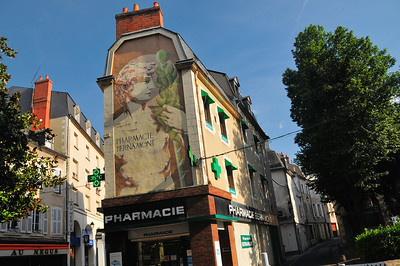 Nevers - Rue François Mitterrand