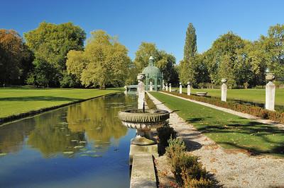 Château de Chantilly - Dans les jardins, l'Ile d'Amour